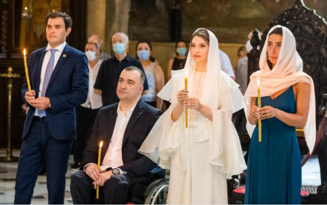 დეპუტატი რატი იონათამიშვილი დაქორწინდა (ფოტოები)